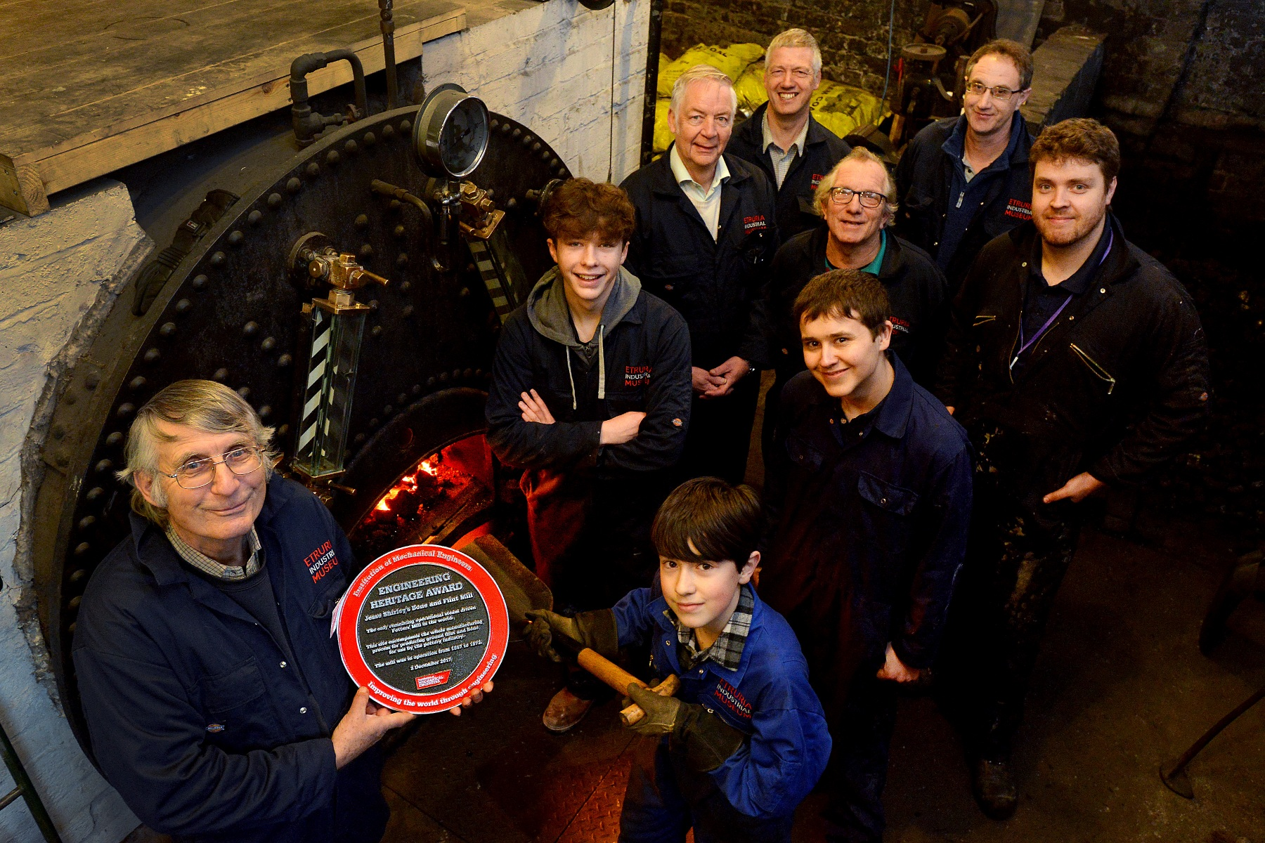 VOLUNTEEERS RECEIVING IMechE HERITAGEAWARD in 2017